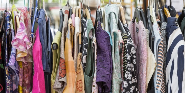 4 tricks for finding the best bargains at yard sales