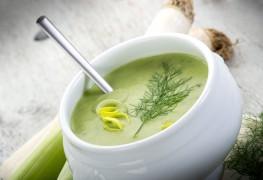 Délicieuse soupe de légumes pour accueillir le printemps