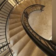 Nettoyez aisément votre escalier intérieur