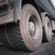 Comment choisir des pneus de remorque adaptés à vos besoins