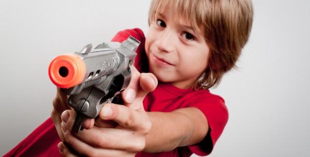 Achetez-vous des jouets violents à vos enfants?