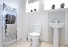 4 solutions faciles pour nettoyer les taches dans le bol. Black Bedroom Furniture Sets. Home Design Ideas