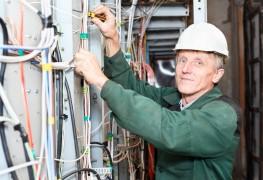 Conseils de sécurité électrique au domicile et à l'extérieur