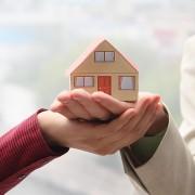 Devriez-vous rénover ou vendre votre maison?