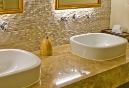 Guide pour choisir l'éclairage parfait de votre salle de bain