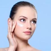 8 façons de gérer facilement la peau sèche et irritée