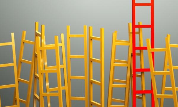 8 façons de grimper à une échelle en sécurité