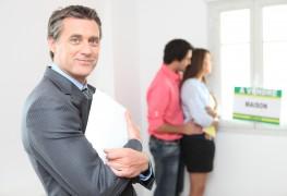 Quelle est la différence entre un agent immobilier et un courtier?