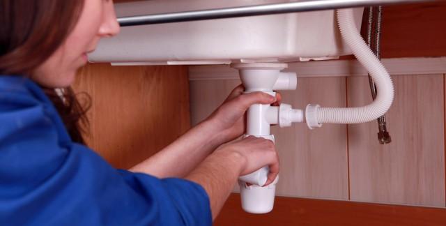 3 choses à savoir avant d'appeler un plombier