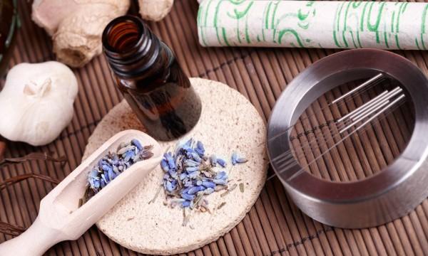 Préparation maison des huiles macérées : le secret de 2 méthodes