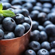 Le gâteau danois au tourbillon de bleuets pour vaincre l'hypertension