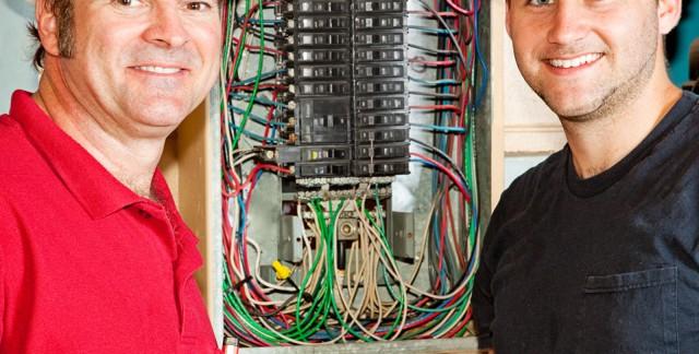 Un emploi d'électricien, ça vous allume?