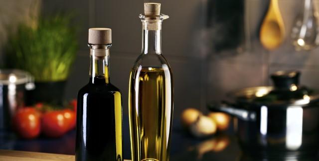 3 recettes variées pour faire de l'huile maison