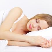 Meilleures positions de sommeil pour atténuer ou éviter lemal de dos