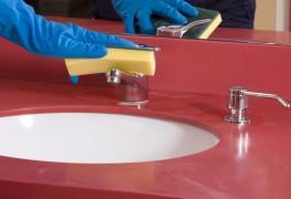 Nettoyer la salle de bain sans produits chimiques