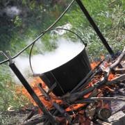 Guide pour suspendrepoêles et casseroles