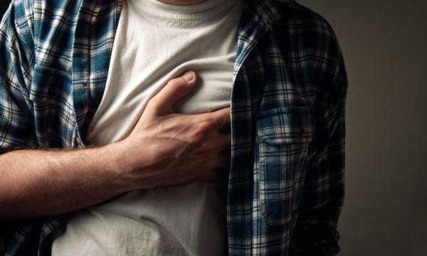 6 douleurs thoraciques que vous ne devriez jamais ignorer ...