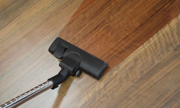 comment choisir un aspirateur trucs pratiques. Black Bedroom Furniture Sets. Home Design Ideas