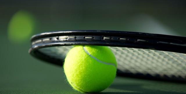 5 articles à avoir dans son sac de tennis