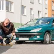 Comment remorquer une voiture avec une corde?