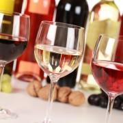 Quelques conseils pour commander un verre de vin avec votre repas