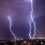 Guide utile pour rester en sécurité pendant les orages