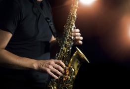 4 façons d'optimiser les leçons de saxophone de votre enfant