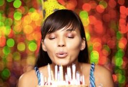 Comment organiser une fête d'anniversaire sur le thème du vieux style hollywoodien