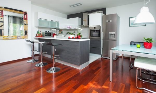 astuces pratiques pour garder une maison impeccable et propre trucs pratiques. Black Bedroom Furniture Sets. Home Design Ideas