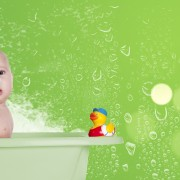 4 idées de jouets maison pour l'heure du bain