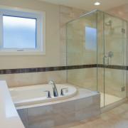 Douche ou baignoire? Points clés pour vous aider à choisir