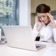 Soins de santé naturels pour les otites, la fatigue oculaire et les maux de tête