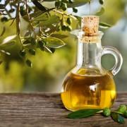 L'huile d'olive: riche, unique et bonne pour la santé