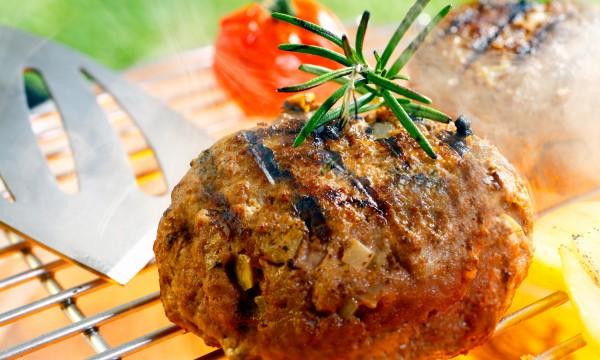 Recette saine de hamburgers de bœuf maigre avec pépites de fromage bleu