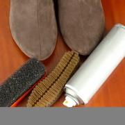 Des conseils efficaces pour nettoyer le suède