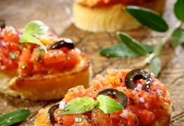 Recette facile de bruschetta à la tomate et au basilic