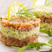 3 façons délicieuses et faciles d'utiliser le thon et le saumon en conserve