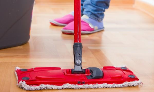 astuces d 39 entretien utiles pour garder une maison bien propre trucs pratiques. Black Bedroom Furniture Sets. Home Design Ideas