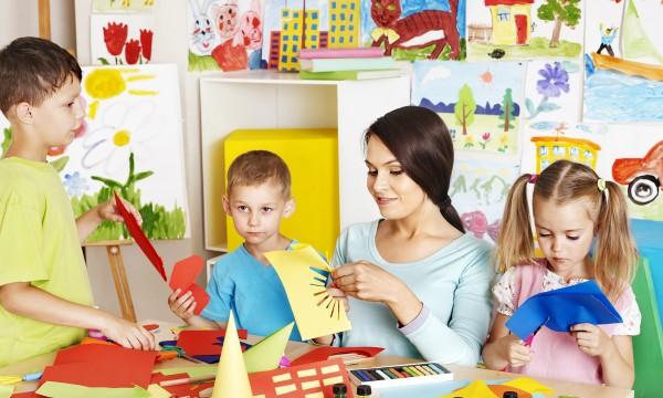Comment devenir éducatrice de la petite enfance