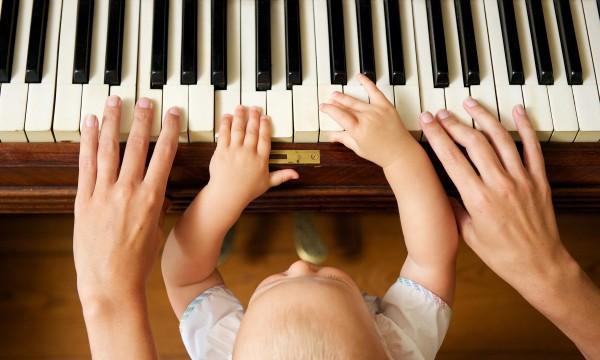 5 avantages des coursde musique pour les enfants