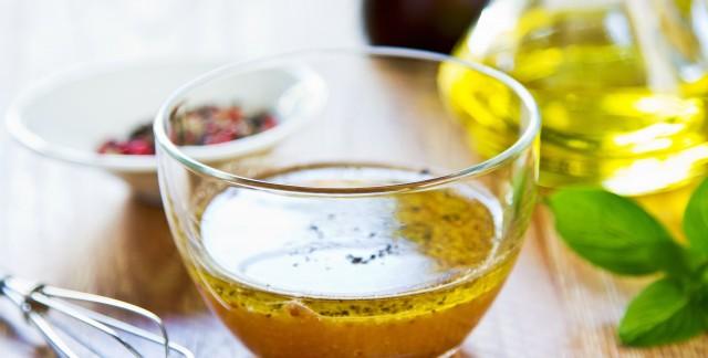 Une recette savoureuse pour une salade aux 3 légumes avec une vinaigrette au curry
