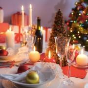4 trucs pour organiser une réception de Noël économique mais mémorable