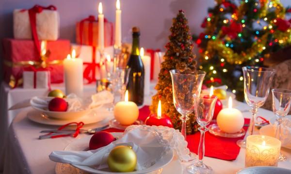Créez une belle de table de Noël en suivant ces conseils