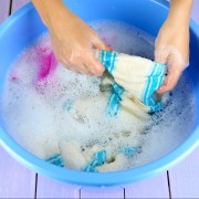 Les meilleurs conseils pour laver la soie et autres tissus délicats