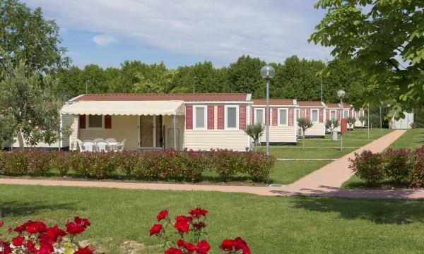 3 facteurs à considérer pour la toiture d'une maison mobile