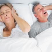 Apnée du sommeil: votre partenaire appréciera que vous suiviez ces conseils