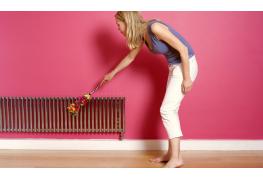 Trucs efficaces : nettoyer un radiateur, une râpe alimentaire et un rasoir électrique