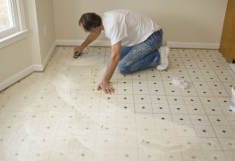 Installer et réparer des planchers de vinyle: conseils clés