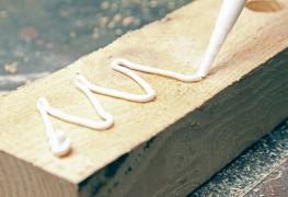 5 astuces pour réparer les meubles avec de la colle