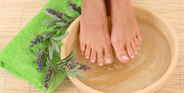 Comment bien prendre soin de ses pieds grâce à 6 trucs simples